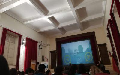 Sessioni informative sull'uso responsabile del web presso le scuole di Palermo: il progetto Peer to peer players
